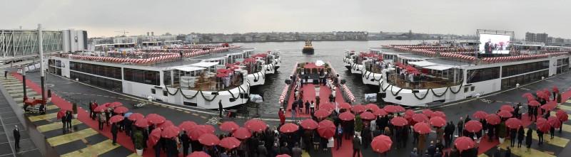 De doop vond plaats bij de PTA in Amsterdam. (foto's E.J. Bruinekool Fotografie)