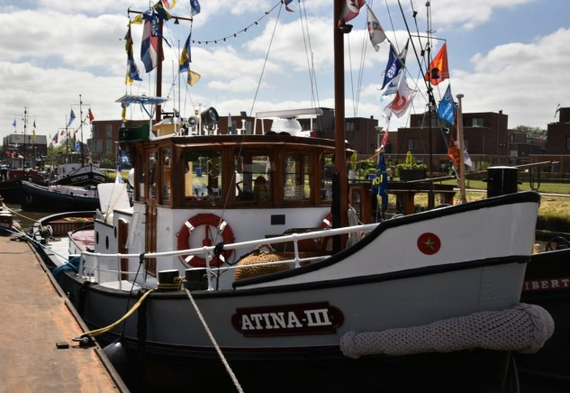 De in 1941 gebouwde Atina III werd gekozen als sleepboot van het jaar. (foto E.J. Bruinekool Fotografie)