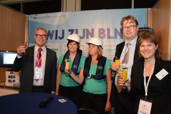 Het officiële startmoment: Erwin Tijssne (beleidsadviseur Milieu & Veiligheid van BLN-KSV) Maurits van der Linde (kwaliteits- en veiligheidsmanager bij Emprove) en Hester Duursema (algemeen directeur BLN-KSV) toosten met een – non-alcoholische – cocktail.