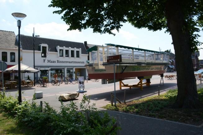 Het Maas Binnenvaartmuseum zit prominent aan de Havenboulevard. De Gouverneur van Limburg ligt nu nog voor de deur. De nieuwe rondvaartboot komt dinsdag 23 juli in de vaart en zal tijdens de Havendagen doorlopend rondvaarten verzorgen.