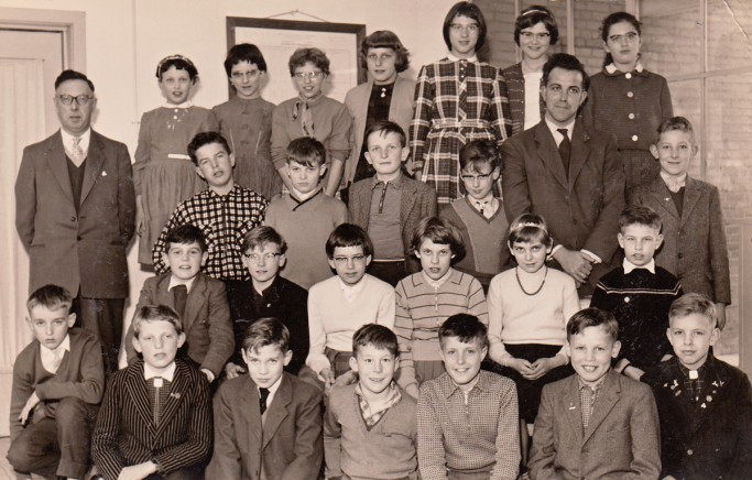 Een van de foto's die op de reüniesite zijn geplaatst: klas 6 uit 1960.