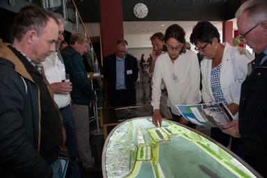 Er was veel belangstelling voor de plannen tijdens de informatiebijeenkomsten. (foto: Mark Neelemans Fotografie)