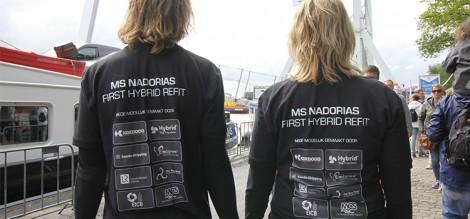 De outfit van de BVB-medewerkers die de bezoekersaantallen bij de Nadorias in goede banen moesten leiden.
