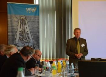 Thomas Knufmann gaf uitleg bij de themabijeenkomst van de VBW. (foto Sarah De Preter)