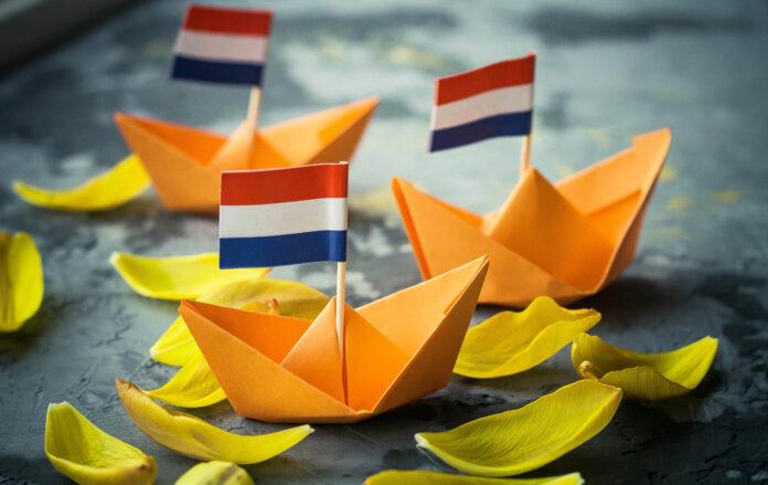 vouwbootje Koningsdag