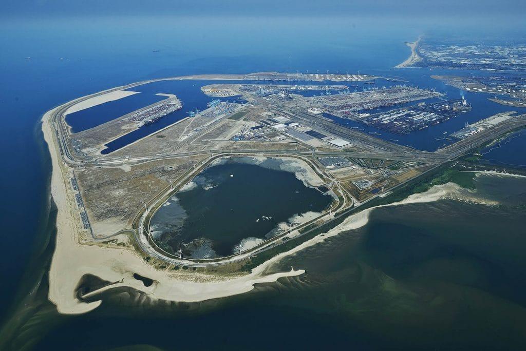 luchtfoto Maasvlakte 2