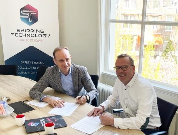 ondertekening Shipping Technology en CoVadem Services
