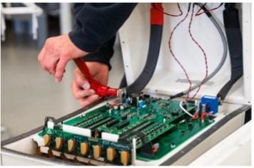 productie van batterijsystemen bij EST-Floattech