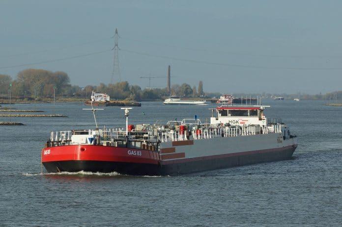 tanker van Imperial