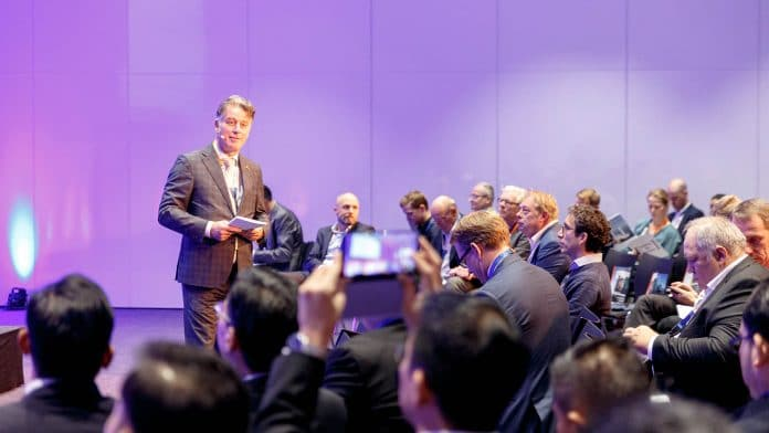 sessie tijdens Offshore Energy Exhibition & Conference
